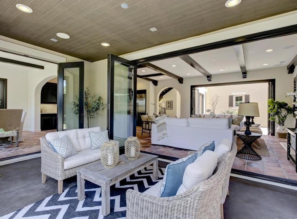 Home Staging Mediterranean Lanai